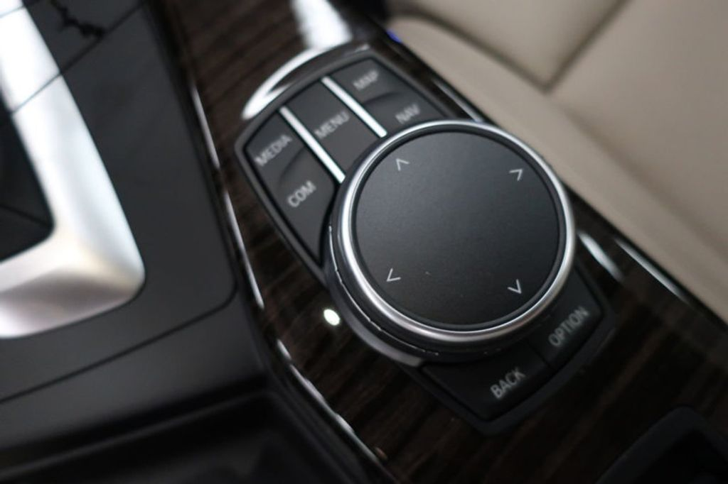2017 BMW 2 Series M240i - 16648346 - 39