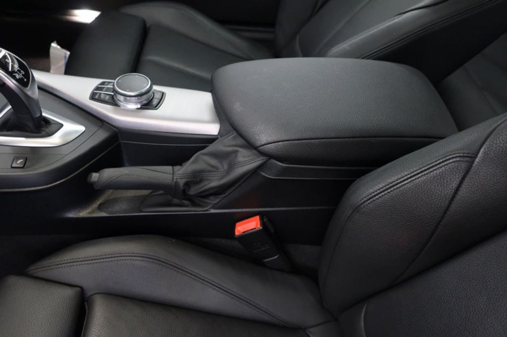 2017 BMW 2 Series M240i - 16930559 - 27