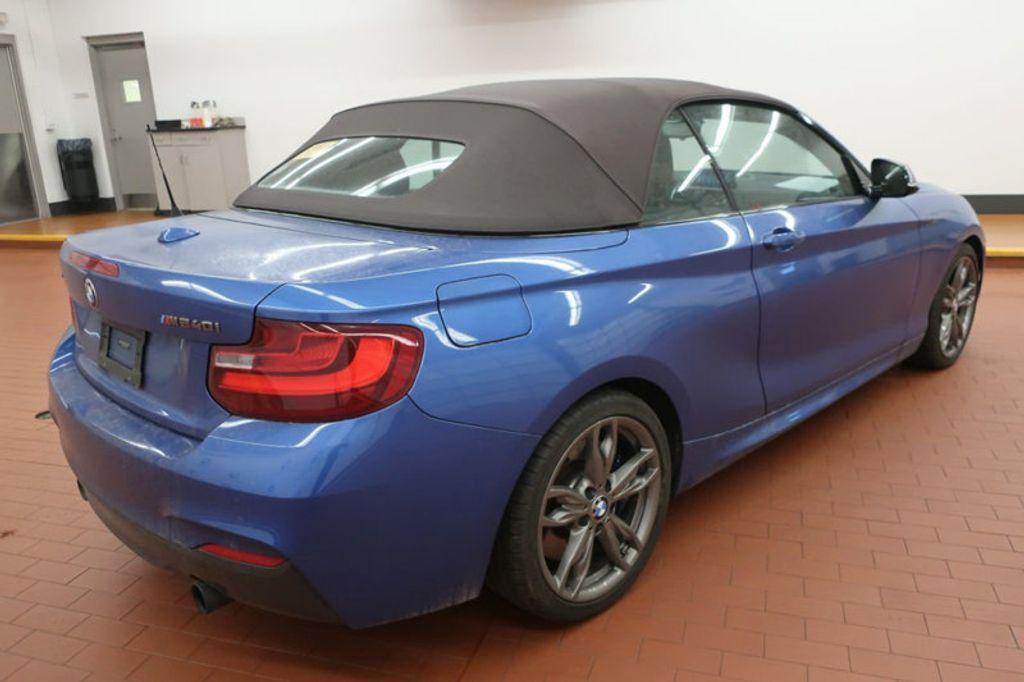 2017 BMW 2 Series M240i xDrive - 17419307 - 4