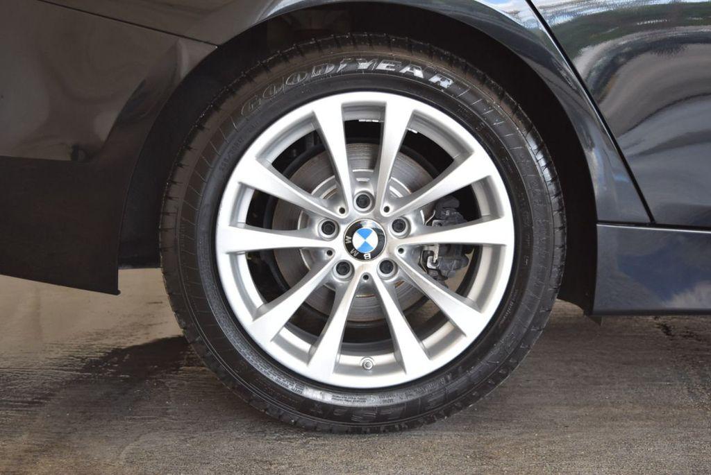 2017 BMW 3 Series 320i - 18010729 - 9