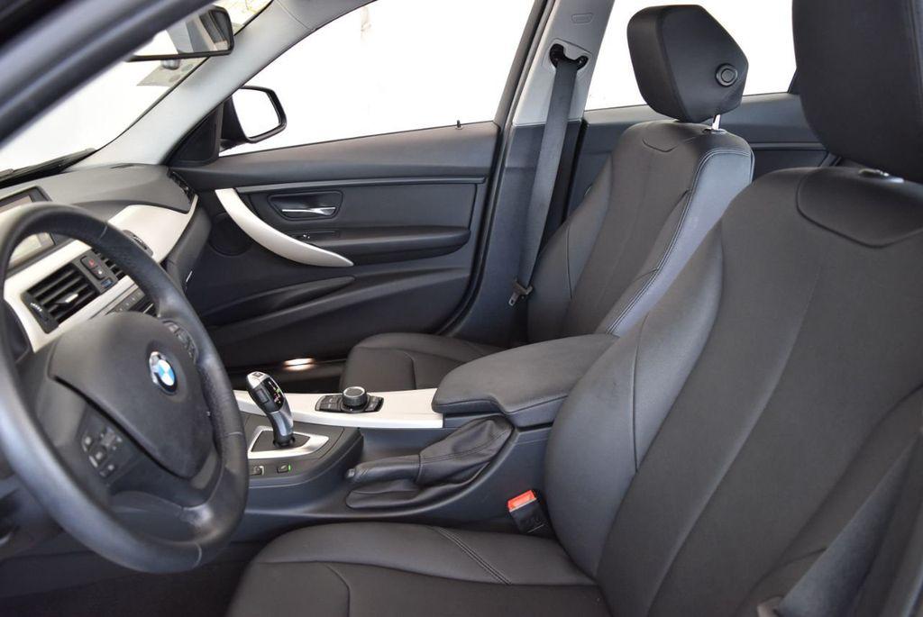 2017 BMW 3 Series 320i - 18010729 - 12