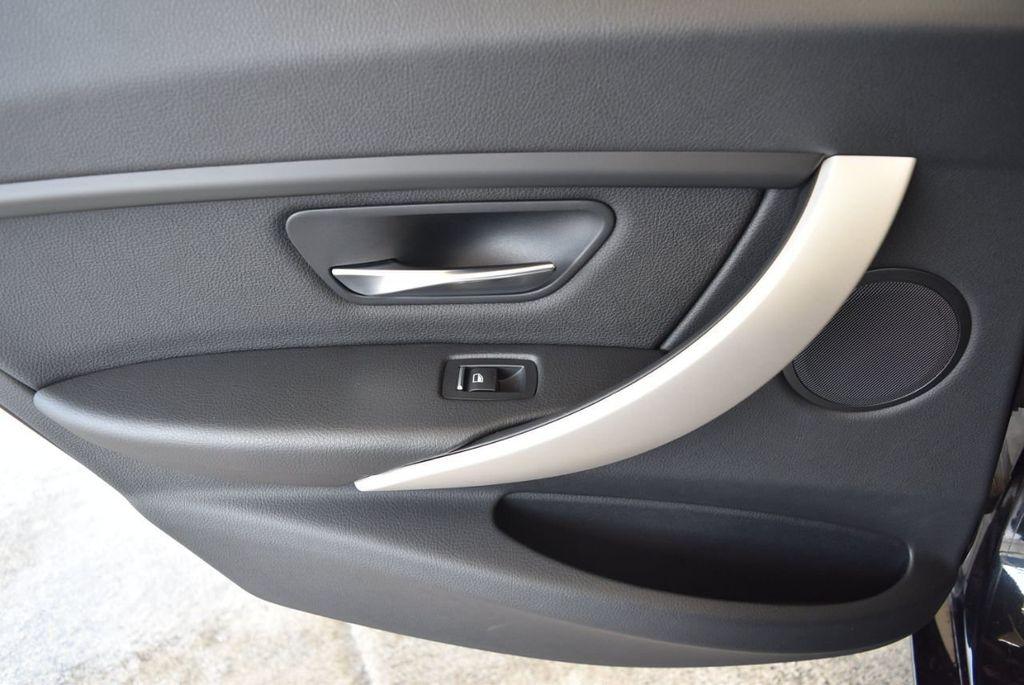 2017 BMW 3 Series 320i - 18010729 - 15