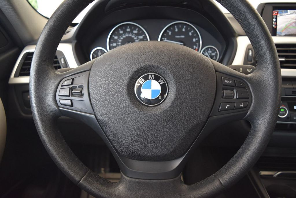 2017 BMW 3 Series 320i - 18010729 - 17