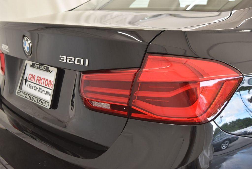 2017 BMW 3 Series 320i - 18010729 - 1