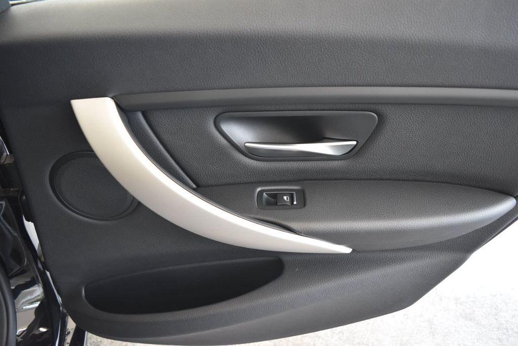 2017 BMW 3 Series 320i - 18010729 - 23