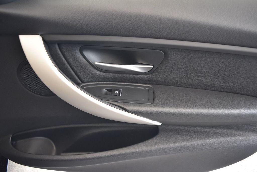 2017 BMW 3 Series 320i - 18010729 - 25