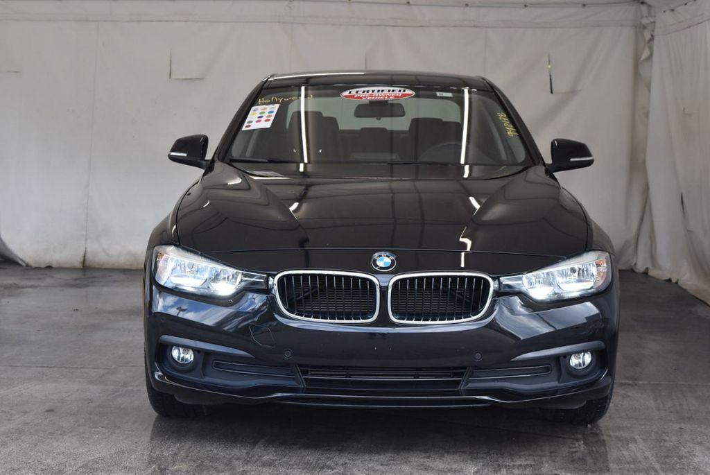 2017 BMW 3 Series 320i - 18010729 - 3