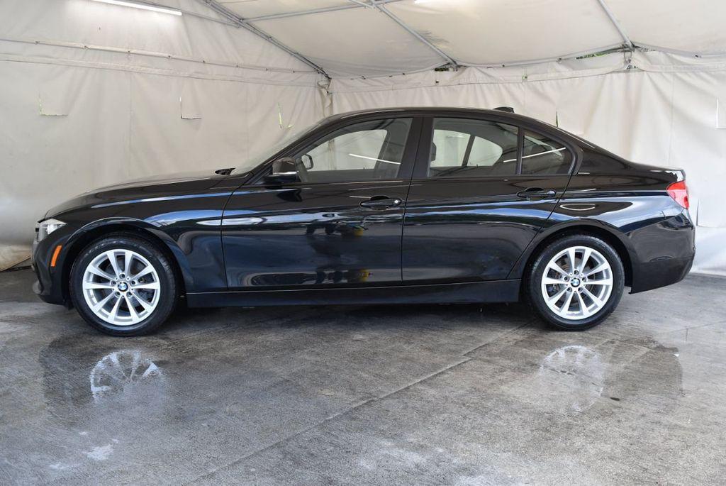 2017 BMW 3 Series 320i - 18010729 - 4