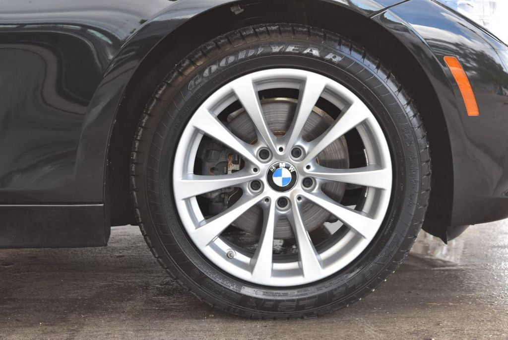 2017 BMW 3 Series 320i - 18010729 - 8