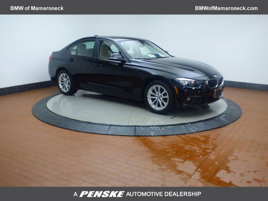 2017 BMW 3 Series 320i xDrive - 16793998 - 0
