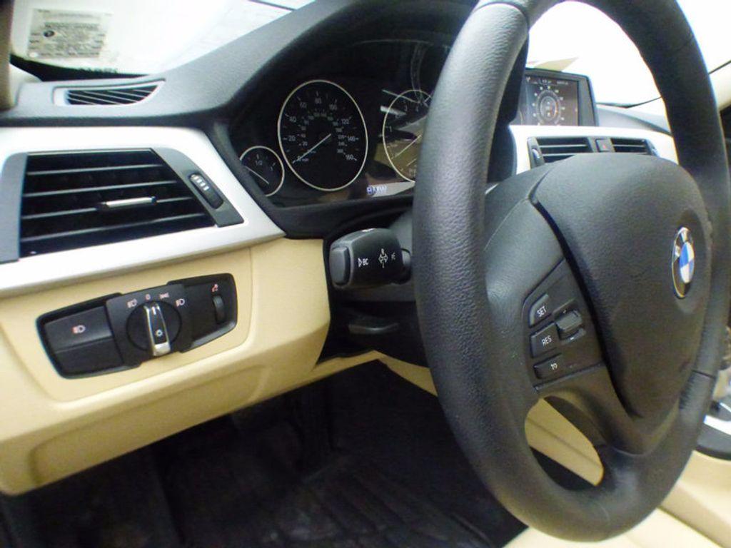 2017 BMW 3 Series 320i xDrive - 16793998 - 10