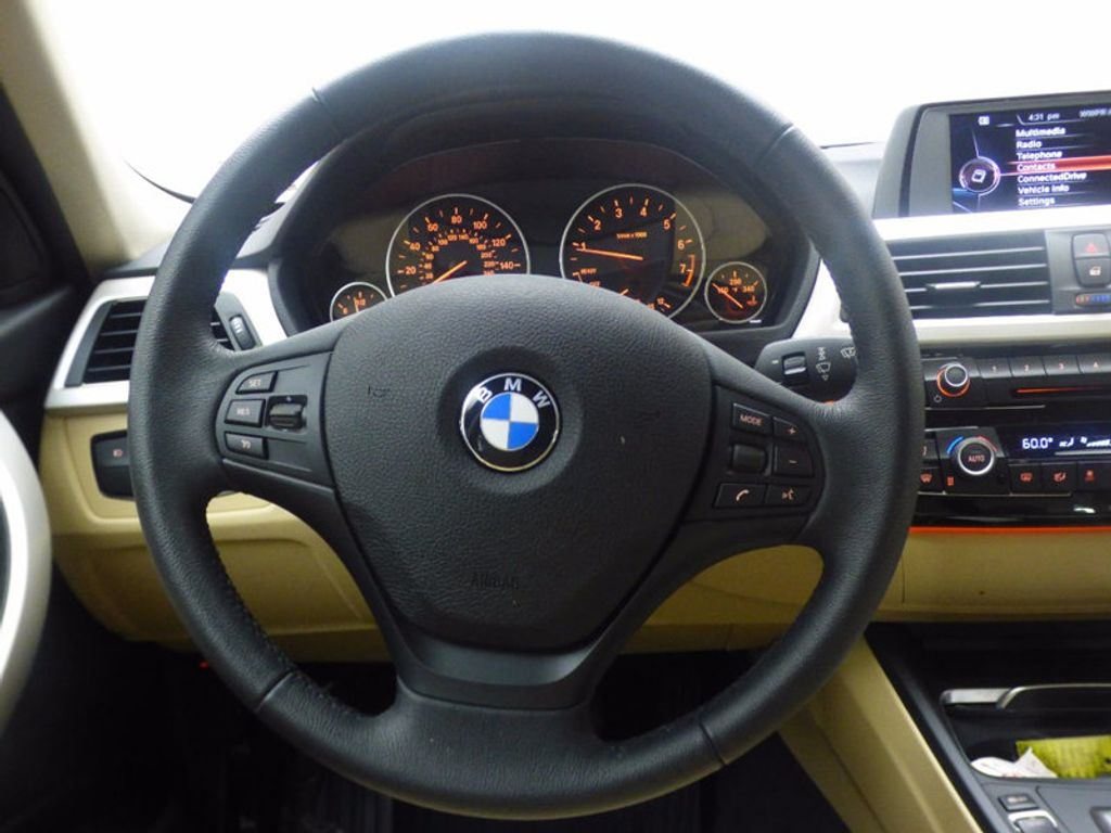 2017 BMW 3 Series 320i xDrive - 16793998 - 22