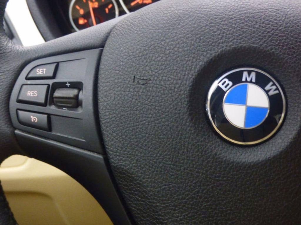 2017 BMW 3 Series 320i xDrive - 16793998 - 23