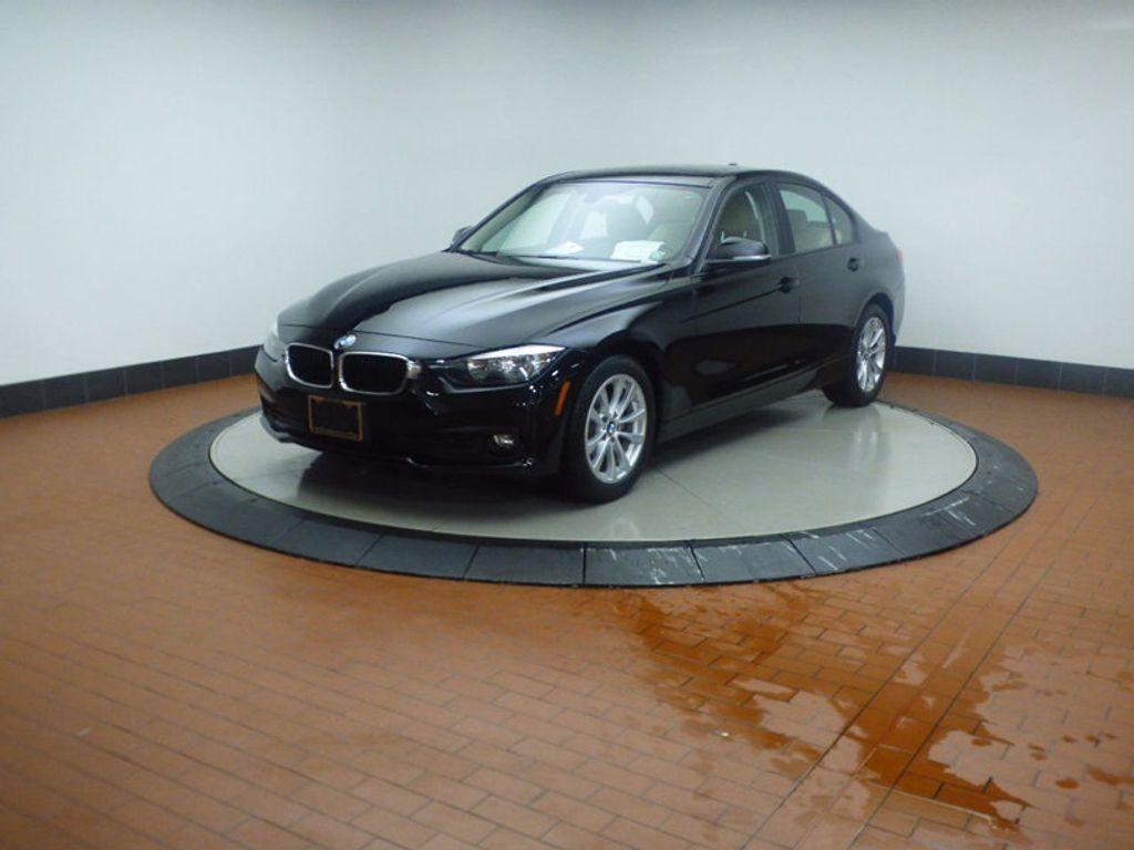 2017 BMW 3 Series 320i xDrive - 16793998 - 2