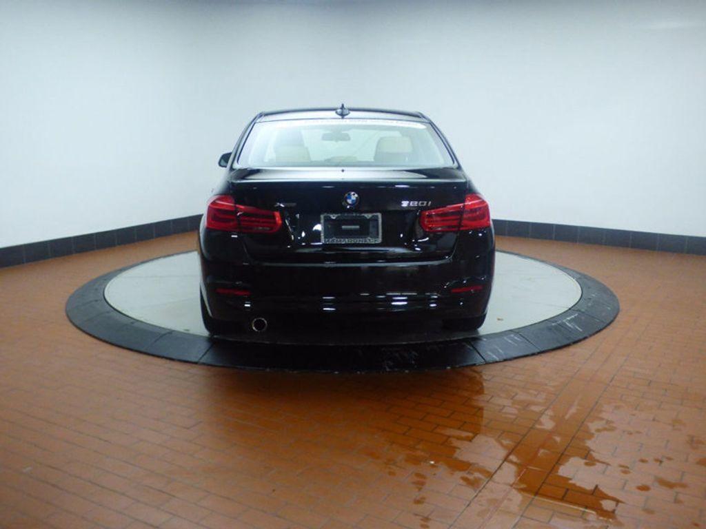 2017 BMW 3 Series 320i xDrive - 16793998 - 4
