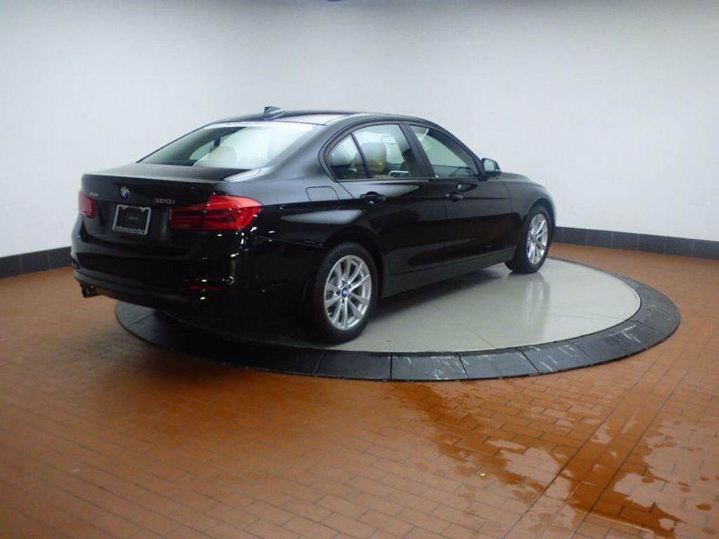 2017 BMW 3 Series 320i xDrive - 16793998 - 5
