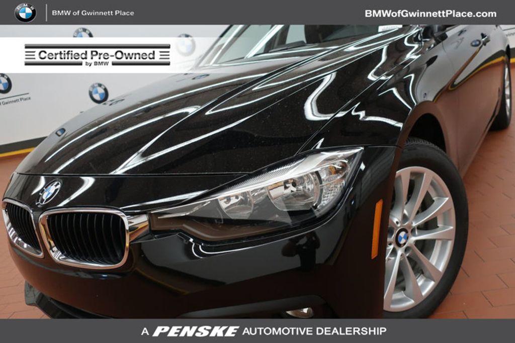 2017 BMW 3 Series 320i xDrive - 16704751 - 0
