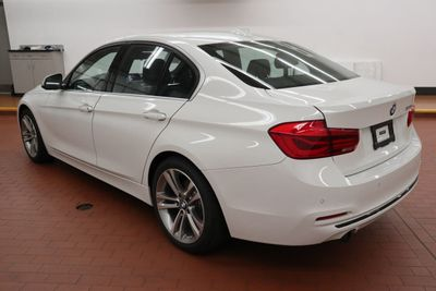 2017 BMW 3 Series 328d Sedan - Click to see full-size photo viewer