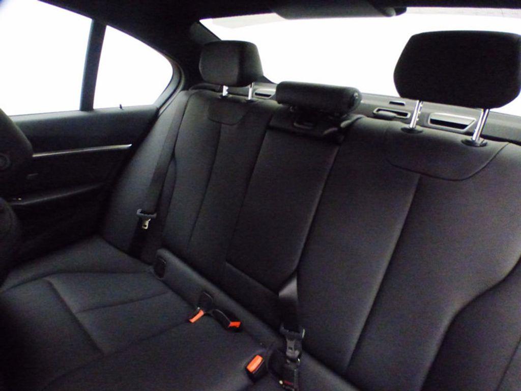 2017 BMW 3 Series 328d xDrive - 16924701 - 10