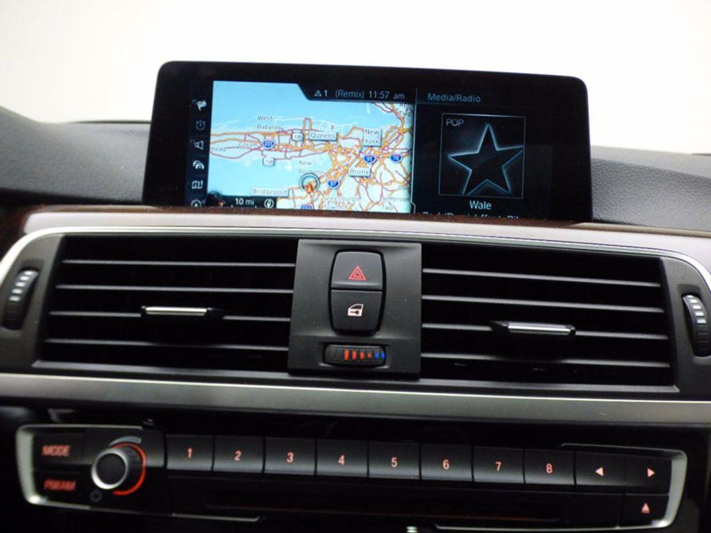 2017 BMW 3 Series 328d xDrive - 16924701 - 11