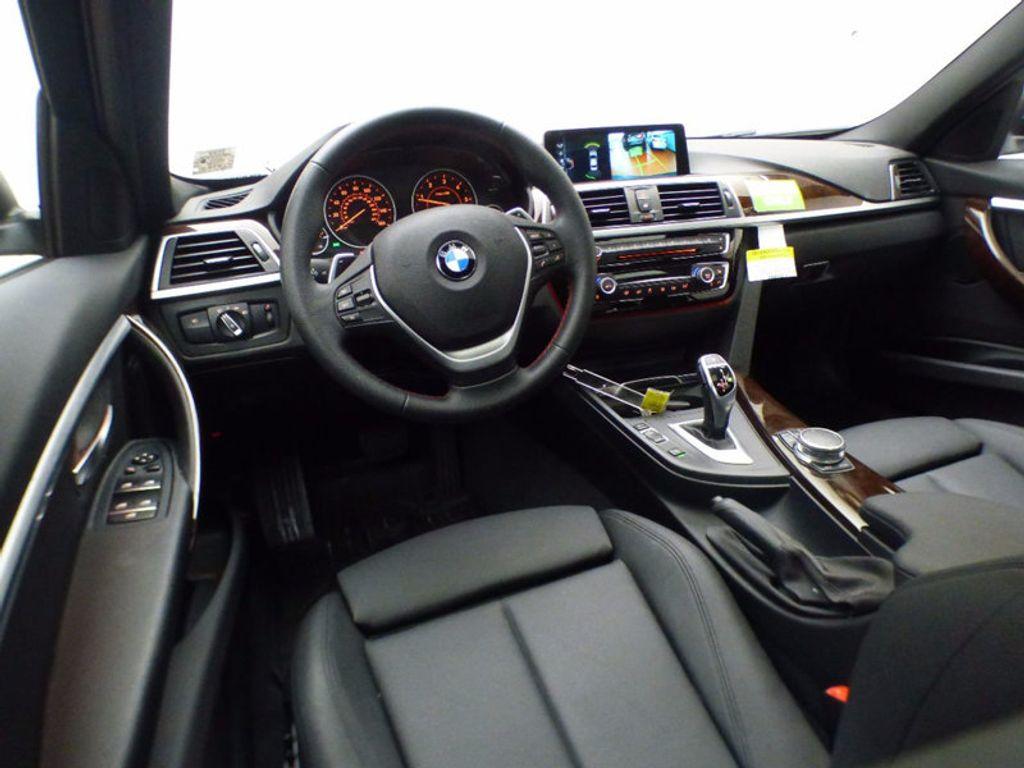 2017 BMW 3 Series 328d xDrive - 16924701 - 13