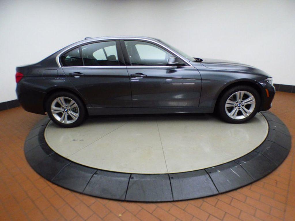 2017 BMW 3 Series 328d xDrive - 16924701 - 5