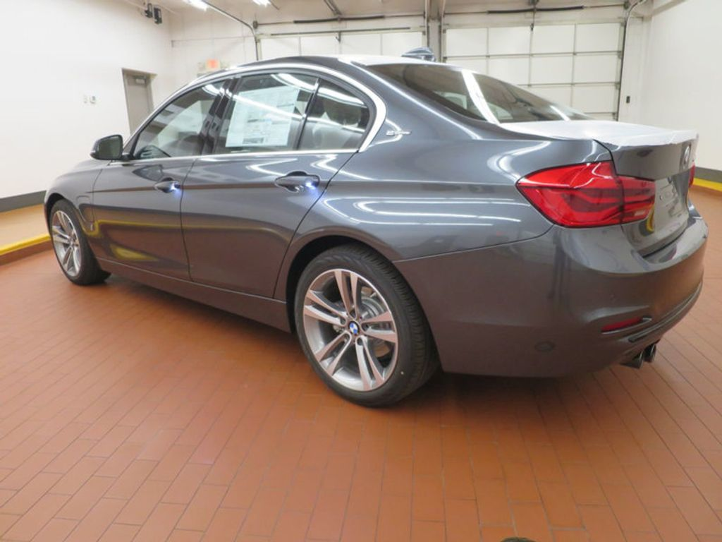 2017 BMW 3 Series 330e iPerformance Plug-In Hybrid - 16157687 - 2