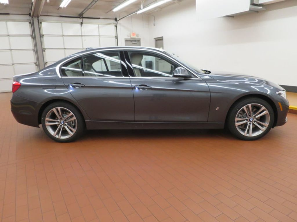 2017 BMW 3 Series 330e iPerformance Plug-In Hybrid - 16157687 - 4