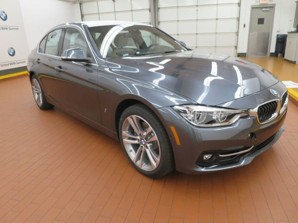 2017 BMW 3 Series 330e iPerformance Plug-In Hybrid - 16157687 - 5