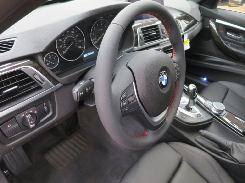 2017 BMW 3 Series 330e iPerformance Plug-In Hybrid - 16157697 - 31