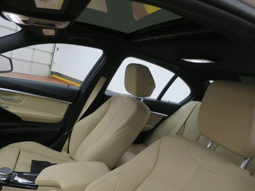 2017 BMW 3 Series 330e iPerformance Plug-In Hybrid - 16329538 - 16