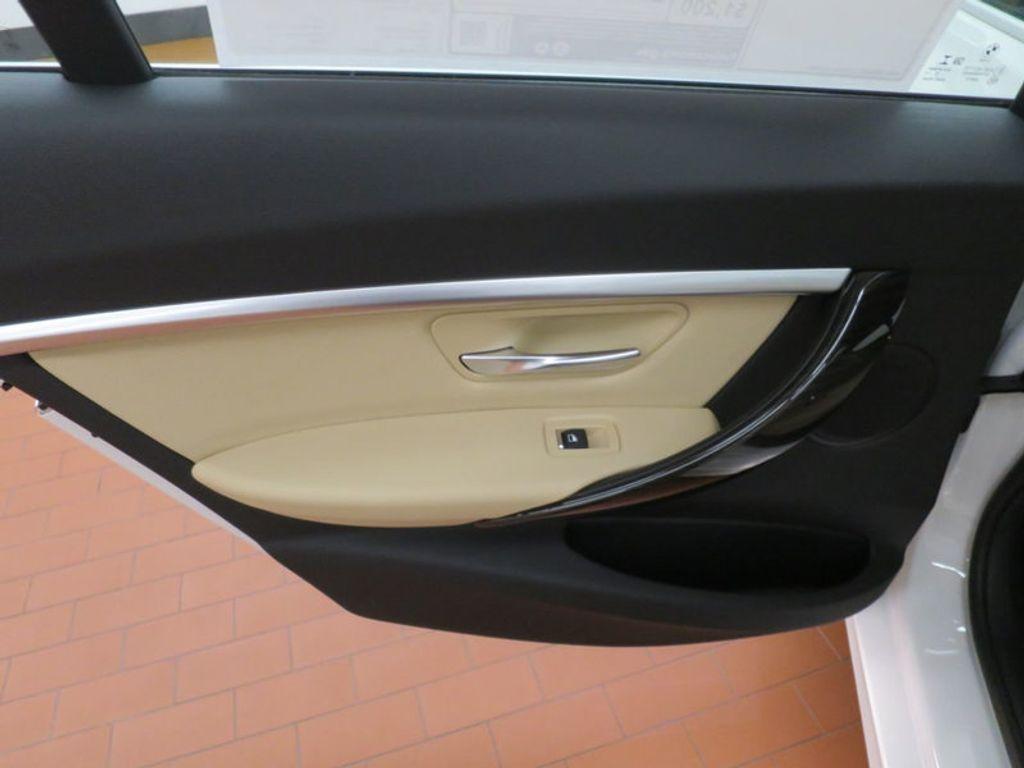 2017 BMW 3 Series 330e iPerformance Plug-In Hybrid - 16329538 - 18