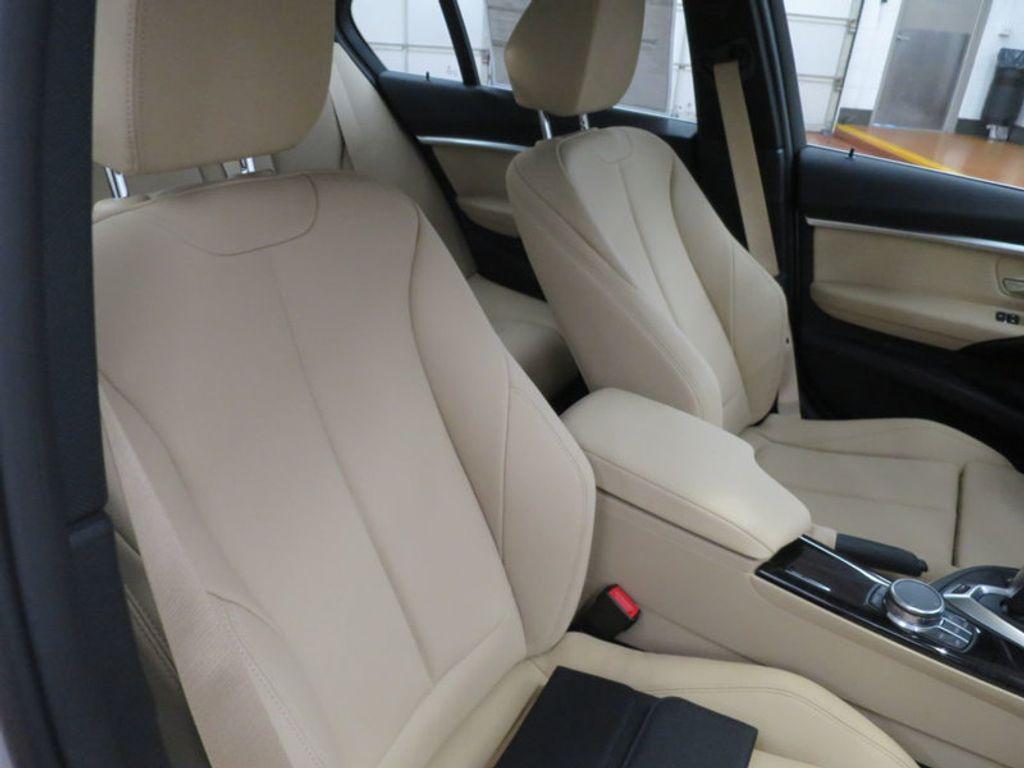 2017 BMW 3 Series 330e iPerformance Plug-In Hybrid - 16329538 - 27