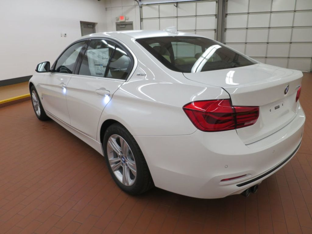 2017 BMW 3 Series 330e iPerformance Plug-In Hybrid - 16329538 - 2