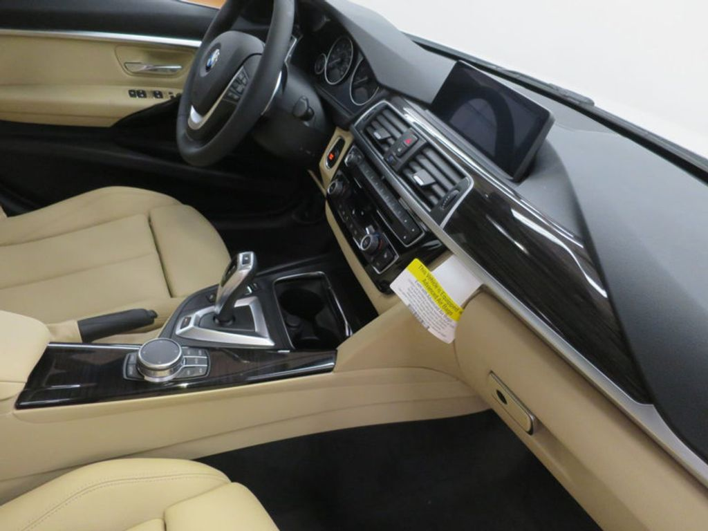2017 BMW 3 Series 330e iPerformance Plug-In Hybrid - 16329538 - 29
