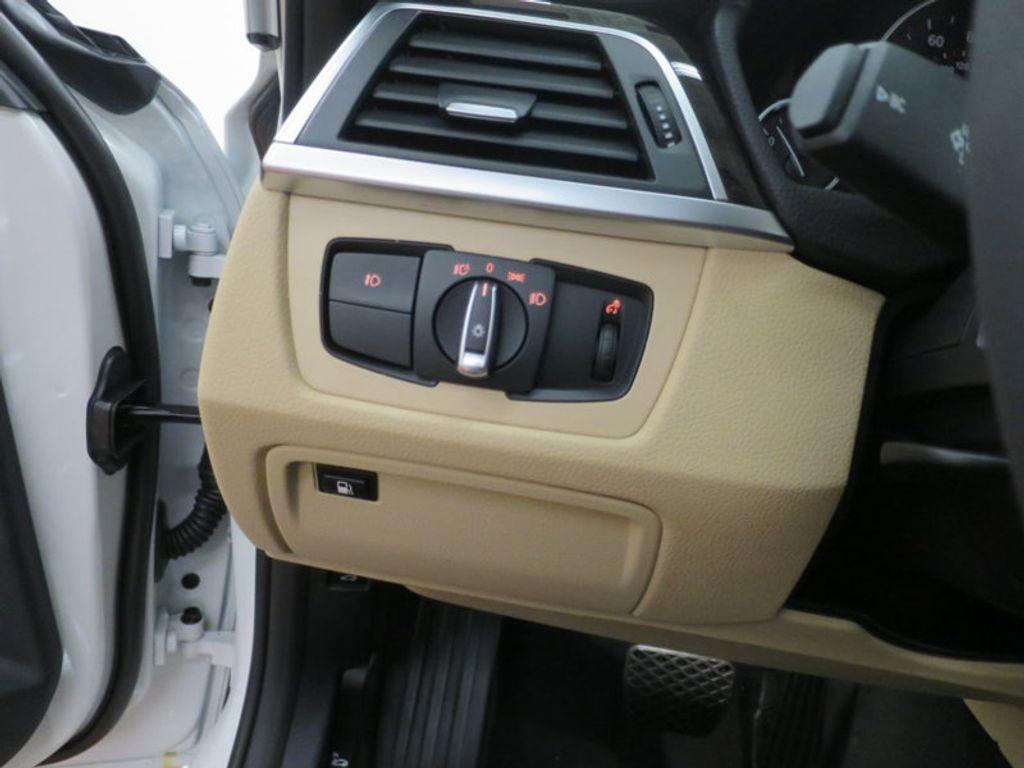 2017 BMW 3 Series 330e iPerformance Plug-In Hybrid - 16329538 - 34