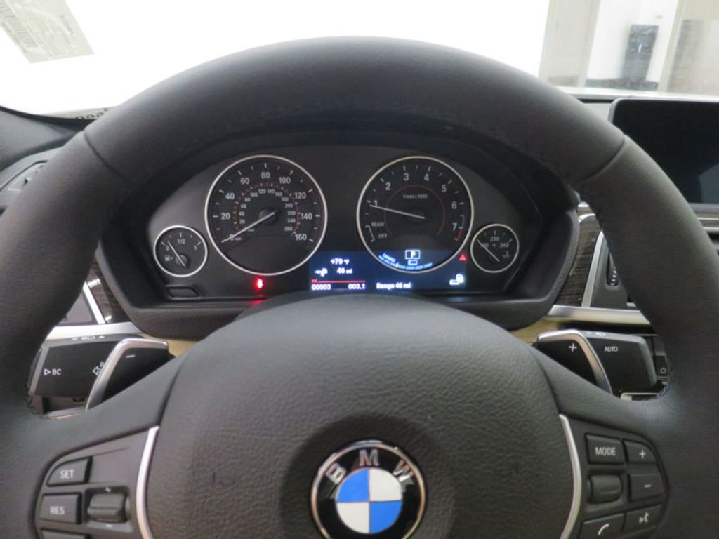 2017 BMW 3 Series 330e iPerformance Plug-In Hybrid - 16329538 - 39