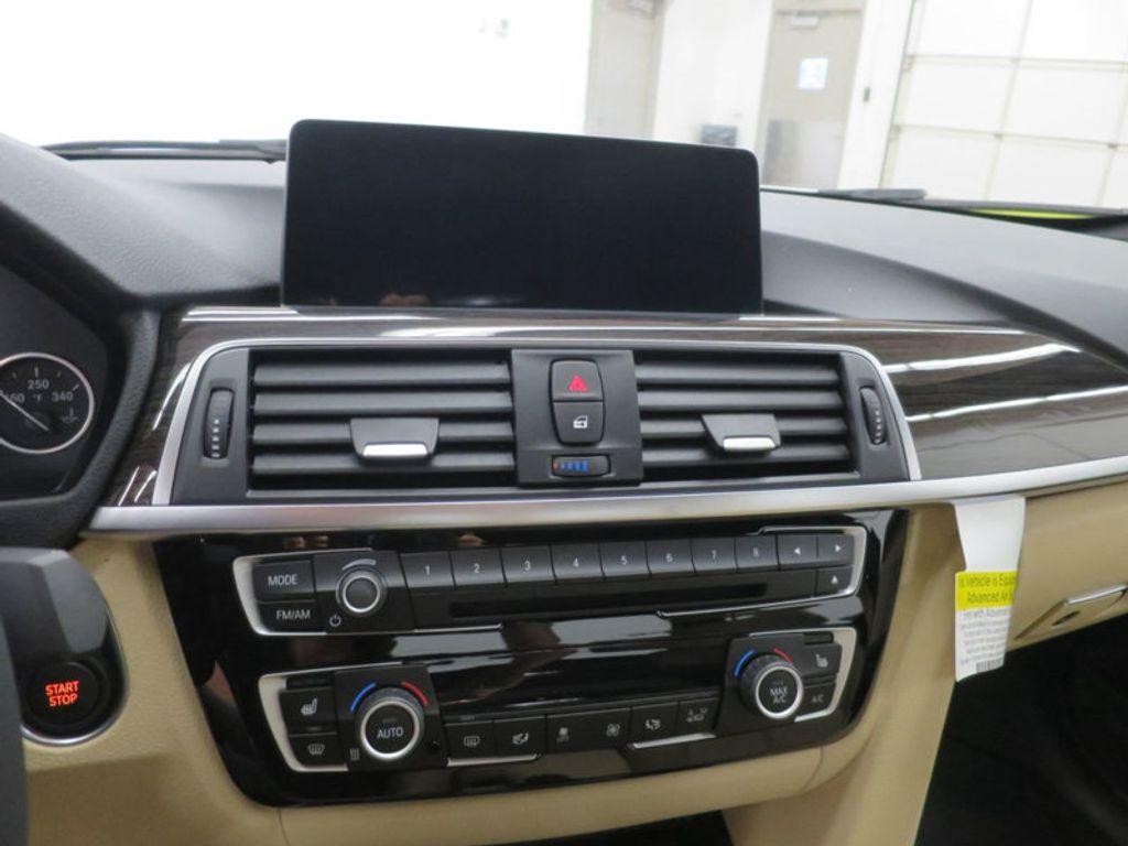 2017 BMW 3 Series 330e iPerformance Plug-In Hybrid - 16329538 - 40