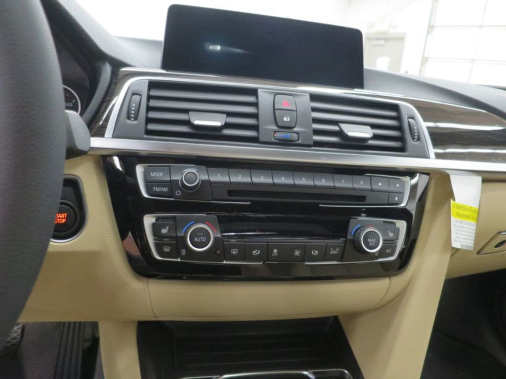 2017 BMW 3 Series 330e iPerformance Plug-In Hybrid - 16329538 - 41