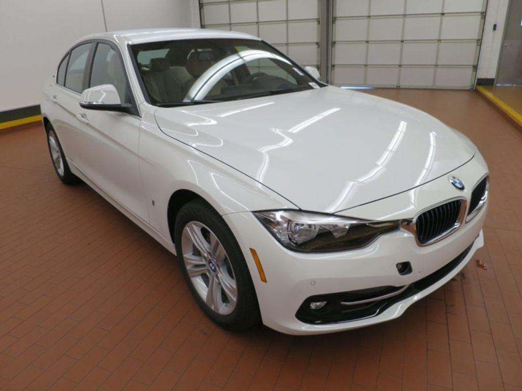 2017 BMW 3 Series 330e iPerformance Plug-In Hybrid - 16329538 - 5