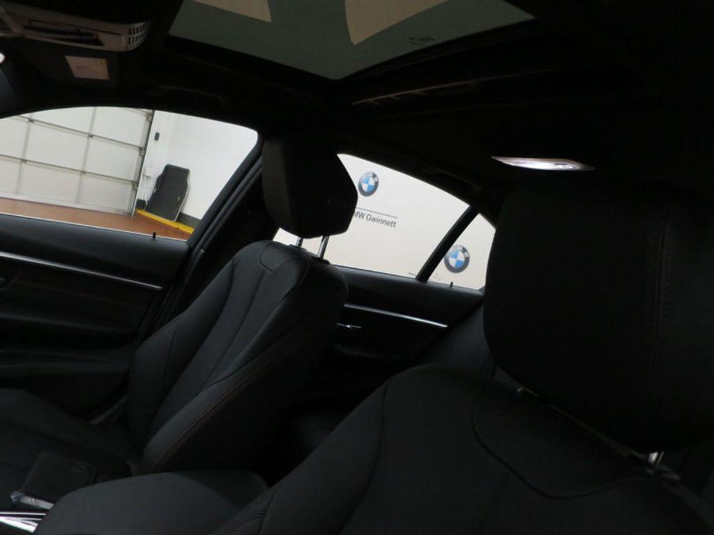 2017 BMW 3 Series 330i - 15659201 - 17