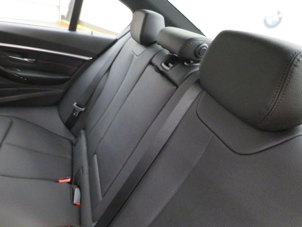 2017 BMW 3 Series 330i - 15659201 - 23