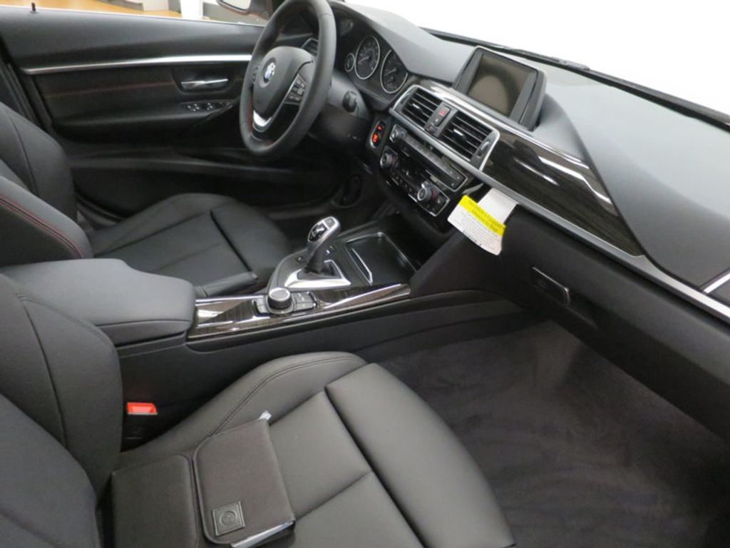 2017 BMW 3 Series 330i - 15659201 - 26
