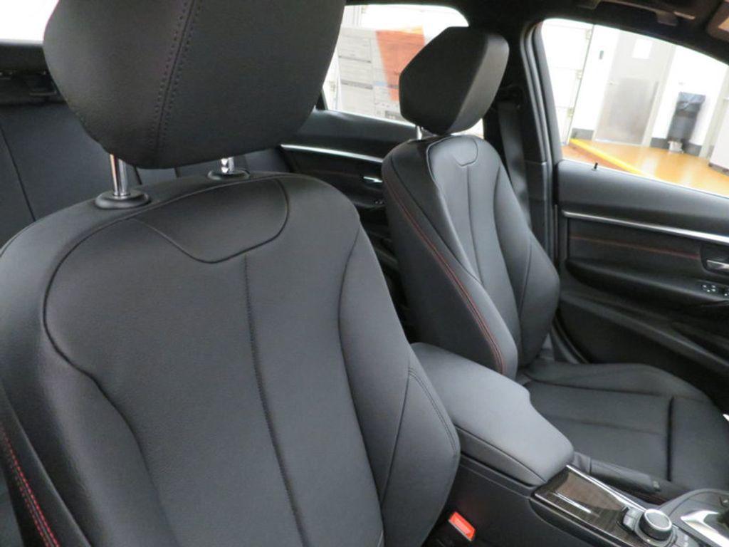 2017 BMW 3 Series 330i - 15659201 - 27