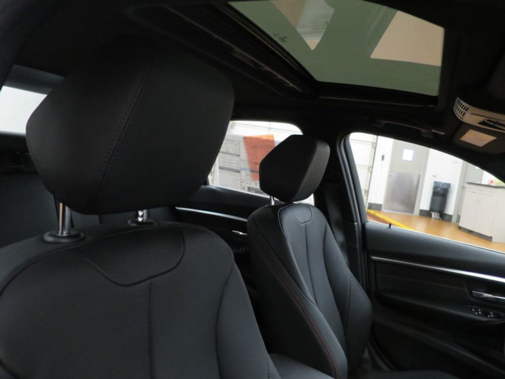 2017 BMW 3 Series 330i - 15659201 - 28