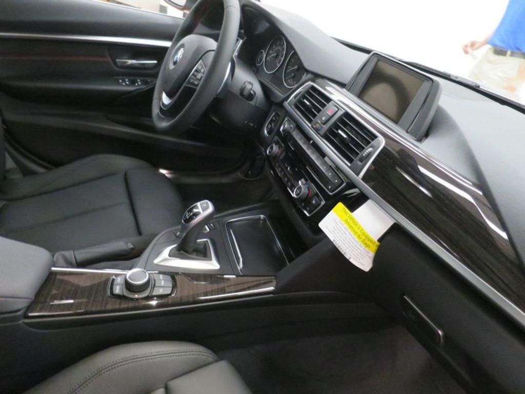 2017 BMW 3 Series 330i - 15659201 - 31