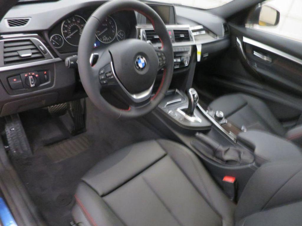 2017 BMW 3 Series 330i - 15659201 - 40