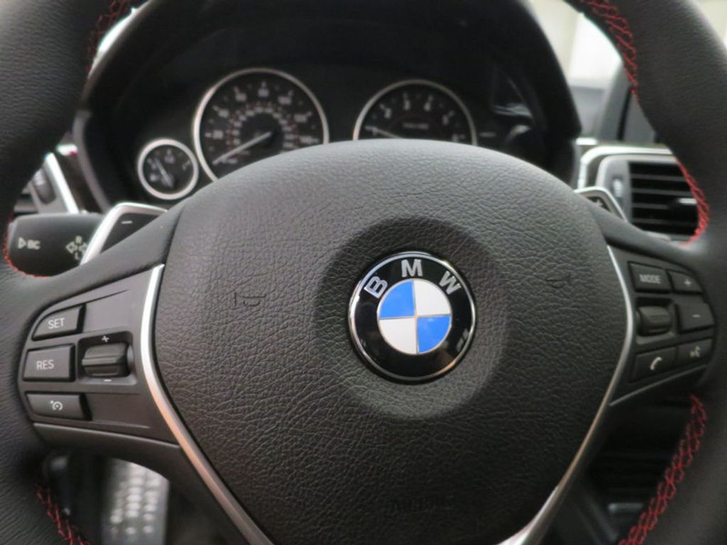 2017 BMW 3 Series 330i - 15659201 - 44