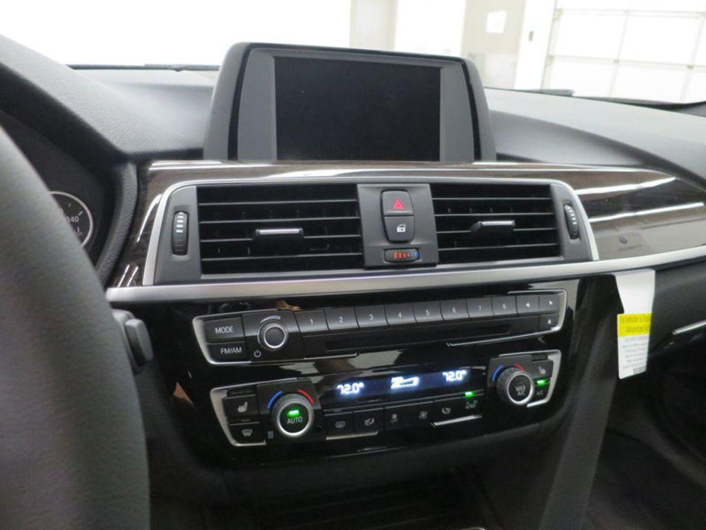 2017 BMW 3 Series 330i - 15659201 - 47
