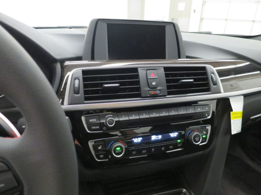 2017 BMW 3 Series 330i - 15659201 - 53